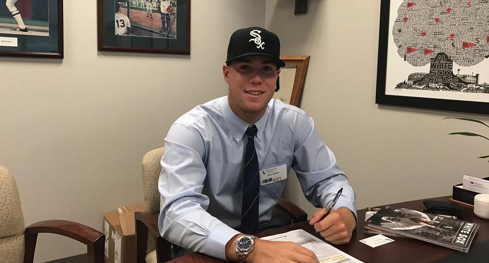 Sheets, Solomon and Benitez ink MLB deals