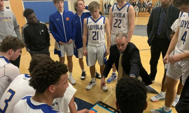 No. 8 Loyola cruises past AACS